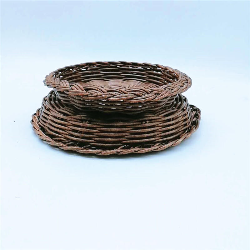 Custom Cheap Hotel Catering Washable Food Grade Plastic Rattan Basket , Handcraft Ingot Type Restaurant Food Gift Basket