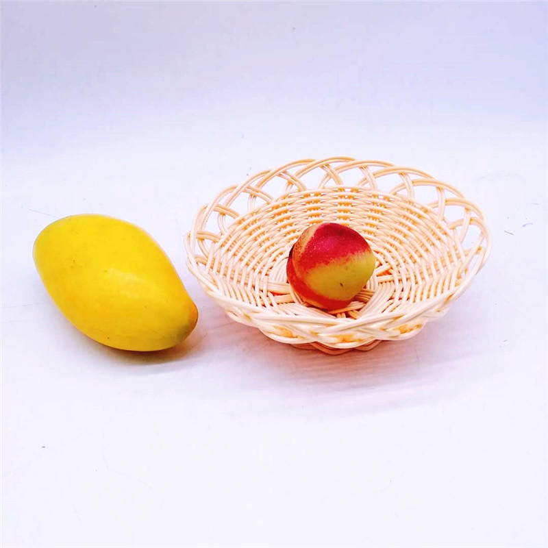Cheap flower shape pp rattan basket hollow snack tray