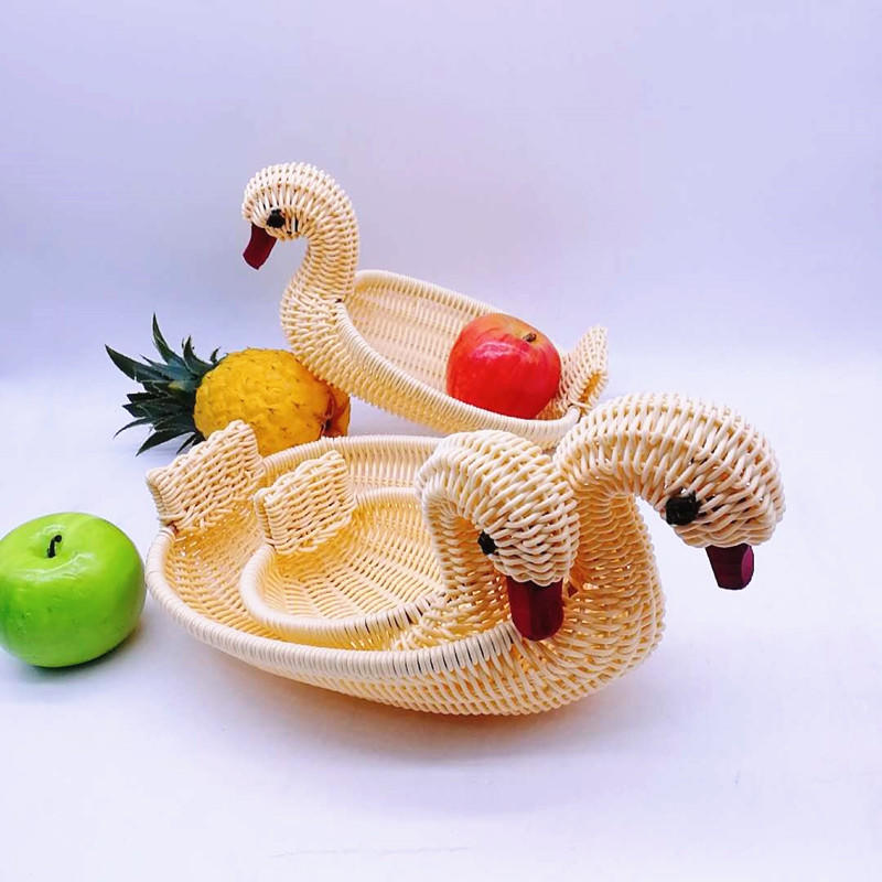 Animal hand made duck shape baskets rattan egg basket