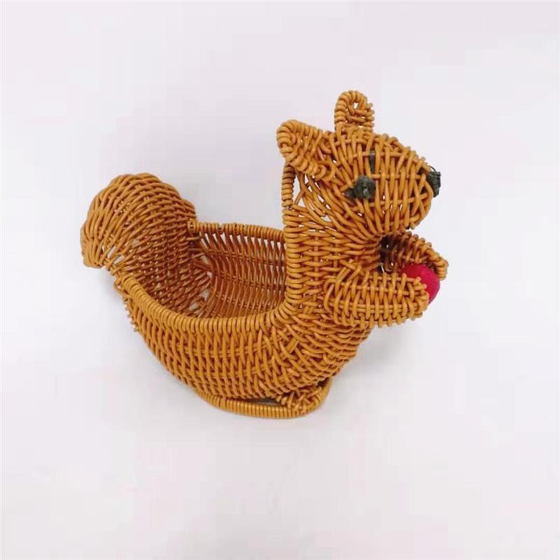 The squirrel shape pp wicker craft basket